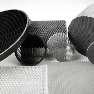 三维铝蜂窝芯复合板的优势