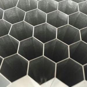 铝蜂窝芯在生态门中的应用